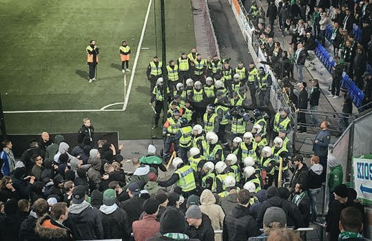 VIDEO: Hammarby fans vs police 26.04.2016