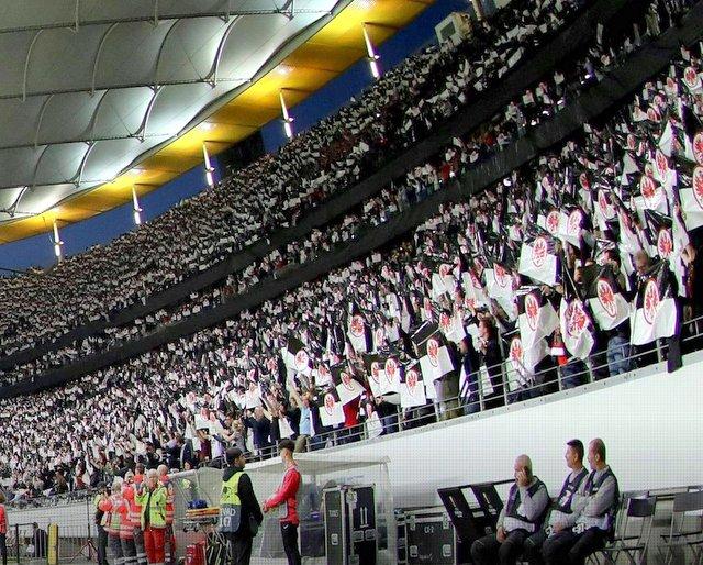 Eintracht Benfica 15