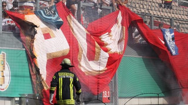 http://www.ultras-tifo.net/images/stories/2019/8/kaiser-mainz/kaiserslautern-mainz_10.jpg