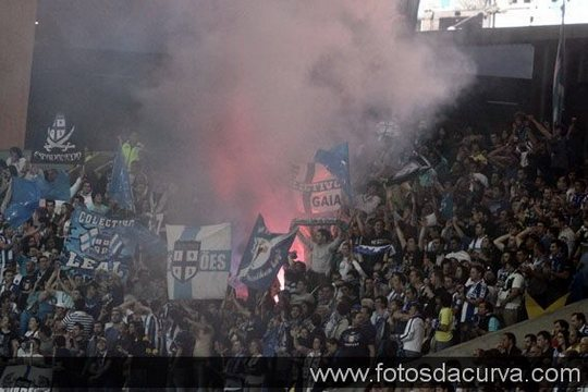 Ultras Blog - Page 3 Porto-sporting08