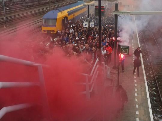 Le Mouvement en Hollande Feyenoord-ajax_4