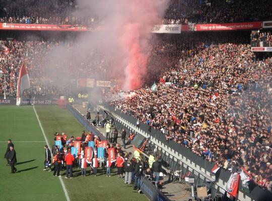 Le Mouvement en Hollande Feyenoord-ajax_7