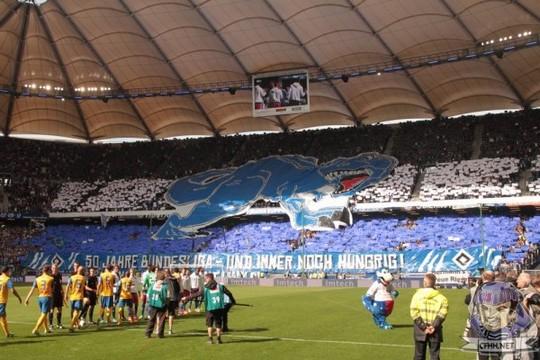 Le Mouvement en Allemagne . - Page 8 HSV-Eintracht_3