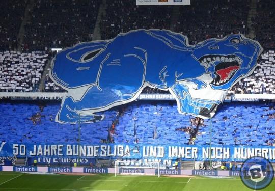 Le Mouvement en Allemagne . - Page 8 HSV-Eintracht_4