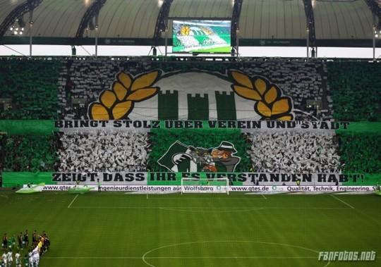 Le Mouvement en Allemagne . - Page 8 Wolfsburg-eintracht_6