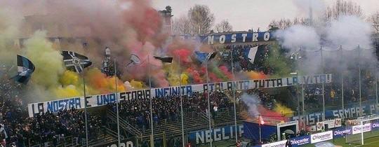 Le Mouvement en Italie . - Page 11 Atalanta-napoli_4