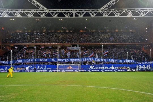 Le Mouvement en Italie . - Page 11 Genoa-sampdoria_7